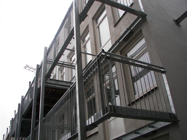 Stalen Constructies Binnen En Buiten Gelast Van Trap Tot